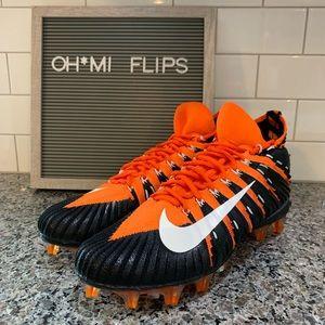Nike Alpha Menace Elite PF Football Cleats